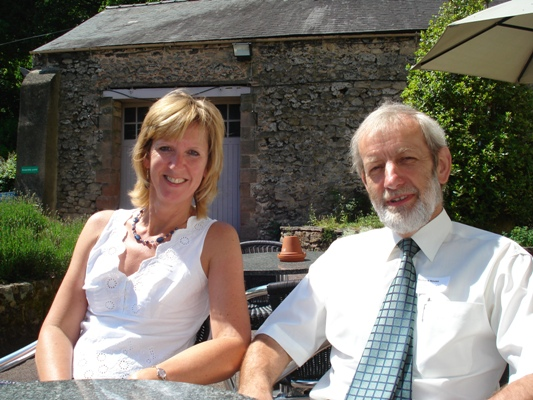 Chris & Richard relaxing in the sun during a break in the Derbyshire Volunteer Managers' Conference